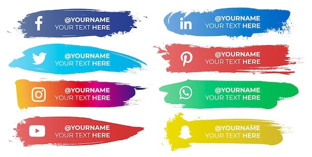Coups de pinceau colorés avec des icônes de médias sociaux