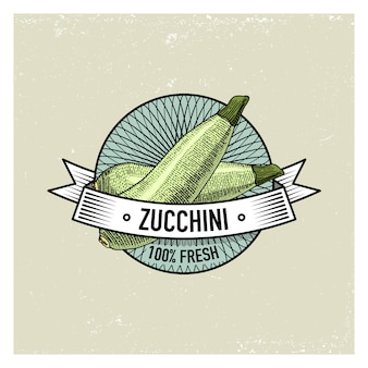 Courgettes Vintage Set D'étiquettes, Emblèmes Ou Logo Pour La Nourriture Végétarienne, Légumes Dessinés Ou Gravés à La Main. Style Américain De Ferme Rétro. Vecteur Premium