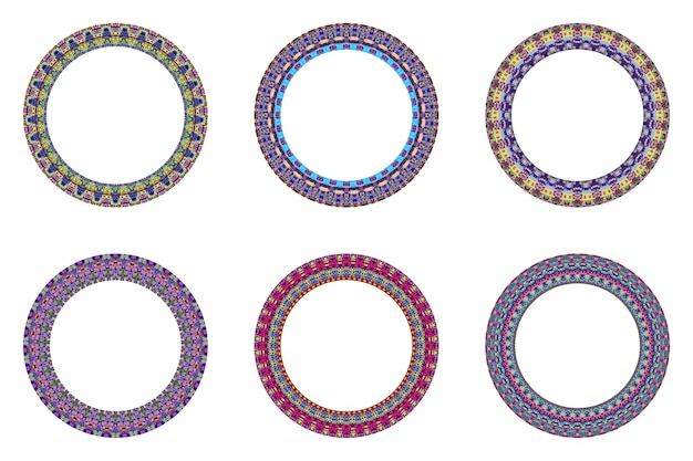 Couronne circulaire en mosaïque isolée