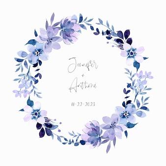 Couronne florale violette douce avec aquarelle