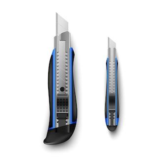 Couteau de papeterie bleu grand et petit isolé