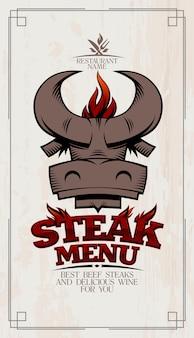 Couverture de carte de menu de steak avec tête de taureau et flamme de barbecue