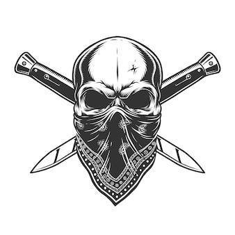 Crâne de bandit avec bandana sur le visage