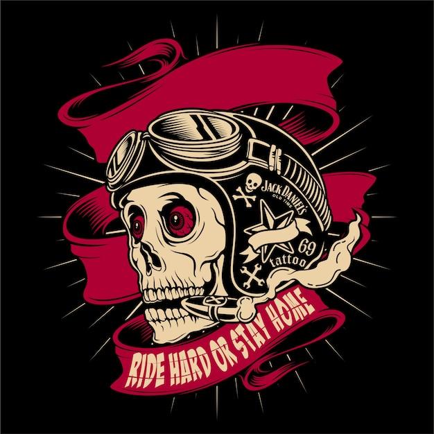 Crâne de casque de motocycliste avec google
