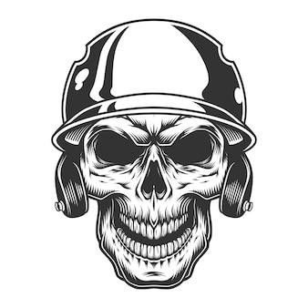 Crâne dans le casque de baseball