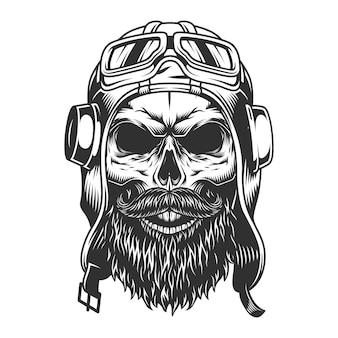 Crâne dans le casque du pilote