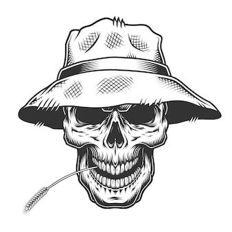 Crâne dans le chapeau de paille