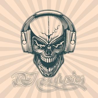 Crâne dans les écouteurs.