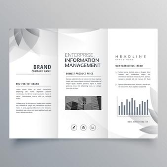 Créatif modèle de brochure à trois volets avec la forme grise abstraite