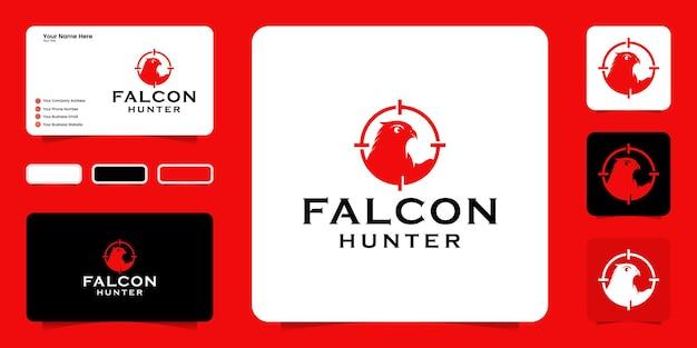 Création de logo de chasseur d'aigle, tireur d'animaux avec silhouette d'aigle et symbole de cible