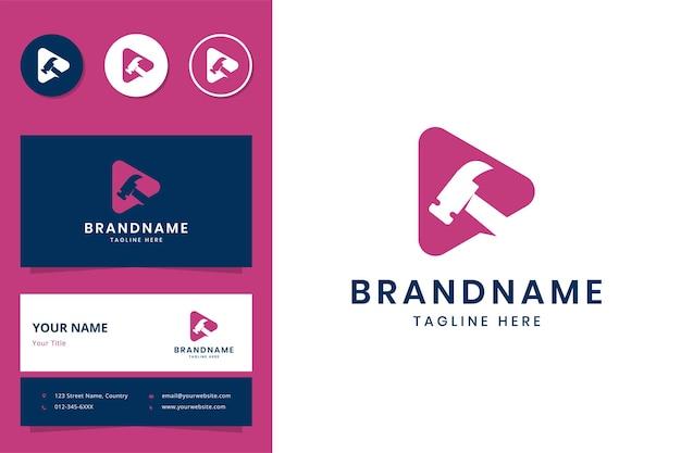 Création de logo d'espace négatif de médias de marteau