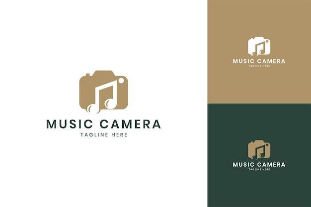 Création de logo d'espace négatif pour appareil photo musical