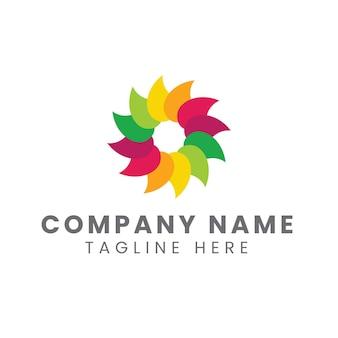 Création de logo de feuille arc-en-ciel