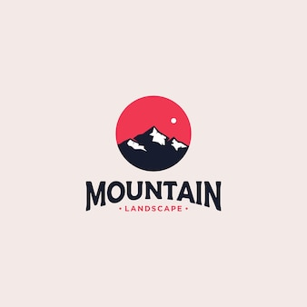 Création de logo d'insigne de montagne