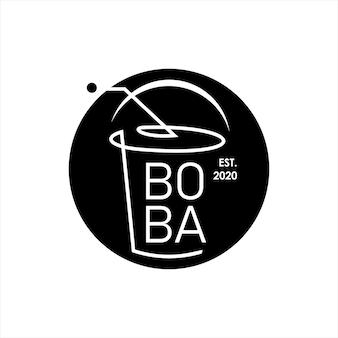 Création de logo de milkshake avec tasse de paille