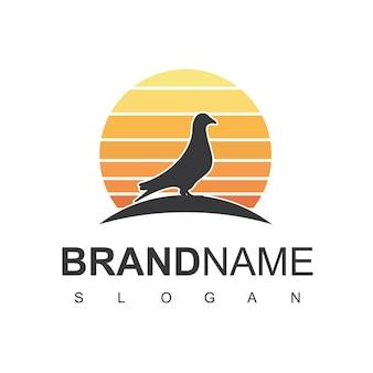 Création de logo d'oiseau avec le symbole de colombe de pigeon