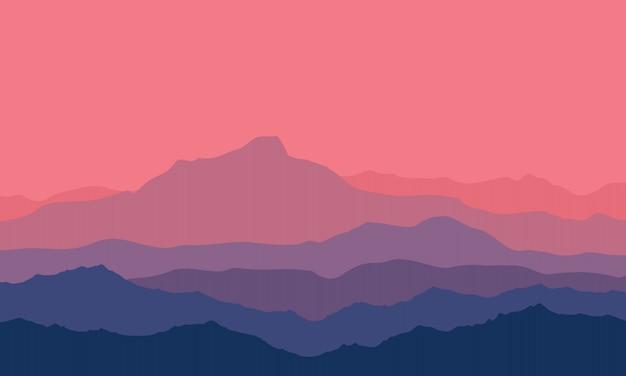 Crépuscule dans les montagnes