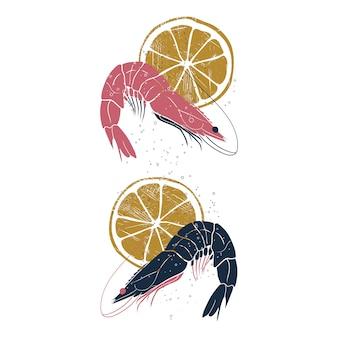 Crevettes avec des tranches de citron.