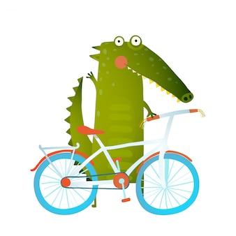 Crocodile drôle de dessin animé vert avec vélo