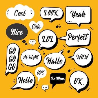 Croquis doodle bulle de dialogue avec des phrases de communication