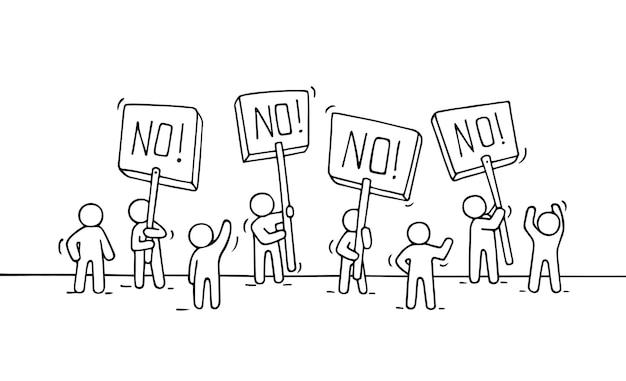 Croquis de la foule petites personnes doodle scène miniature mignonne de travailleurs avec des transparents de protestation