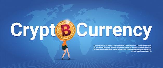Crypto, devise, bannière horizontale, femme, tenue, bitcoin doré, sur, carte, fond