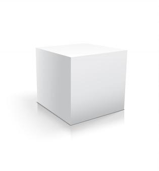 Cube blanc réaliste ou une boîte isolée