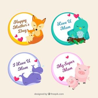 Définir les badges de la fête des mères avec des animaux marrants dans un style plat