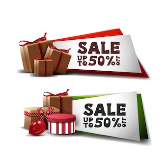 Définir des bannières de réduction avec des cadeaux isolés sur blanc