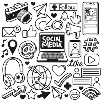 Définir l'élément de médias sociaux doodle dessinés à la main