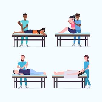 Définir les masseurs thérapeutes faisant le traitement de guérison des patients de race mixte sur des spécialistes de la table de massage massant la collection de parties du corps blessées concept de physiothérapie sportive manuelle pleine longueur