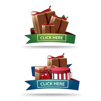 Définissez des bannières de remise sous forme de rubans avec des coffrets cadeaux isolés sur blanc