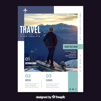 Dépliant de modèle de voyage avec photo