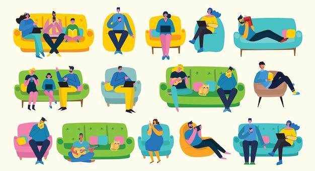 Design d'intérieur d'appartement et couple de personnes au repos