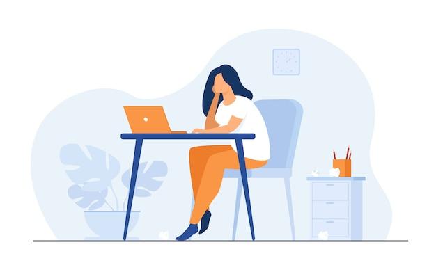 Dessin animé épuisé femme assise et table et travaillant