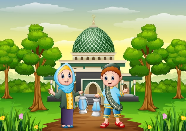 Dessin animé garçon et fille musulmane tenant lanterne