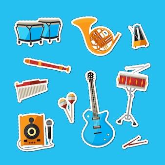 Dessin animé, instruments de musique, autocollants, ensemble, illustration, isolé, sur, fond bleu