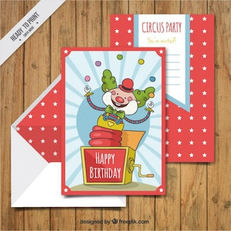 Dessinés à la main des cartes de clown d'anniversaire avec enveloppe