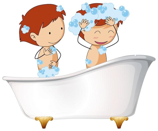 Deux enfants dans la baignoire