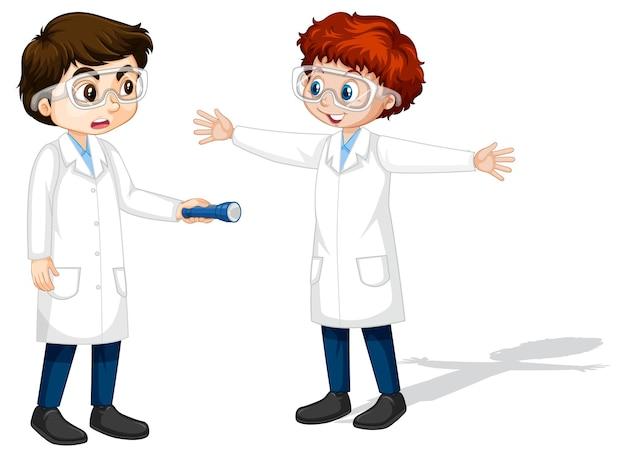 Deux Jeunes Scientifiques Faisant L'expérience De L'ombre Vecteur gratuit