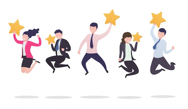 Différentes personnes en saut tiennent les étoiles, les notes et les commentaires des clients.
