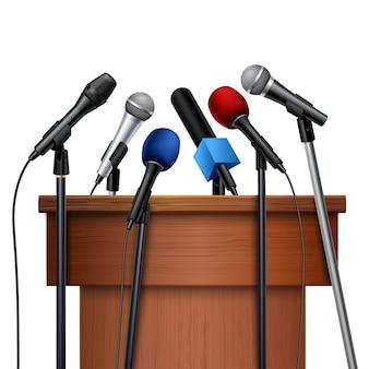 Différents microphones multicolores