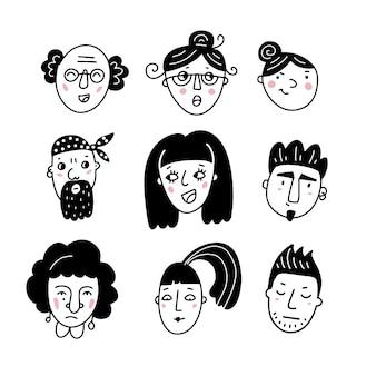 Différents visages drôles masculins et féminins dessinés à la main dans une illustration simple de style doodle