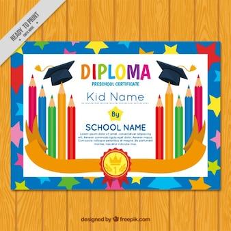 Diplôme pour les enfants, décoré avec des crayons
