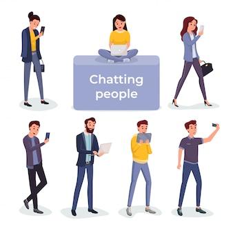 Discuter avec des gens à l'aide de différents gadgets