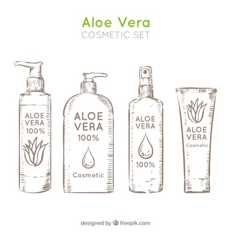 Divers cosmétiques à base d'aloe vera à la main