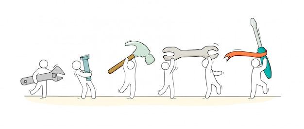 Doodle dessin animé petits hommes et outils.