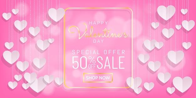 Doux valentines vente fond rose avec coeur suspendu style de papier découpé