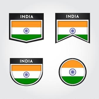 Drapeau de l'inde avec des étiquettes d'insigne emblème
