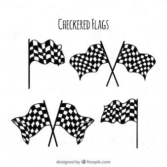 Drapeaux à carreaux classiques dessinés à la main